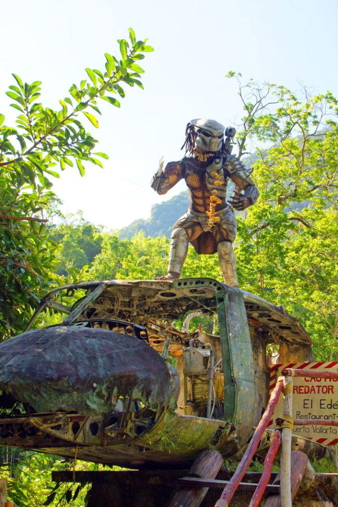 El Edén de Vallarta Predator.