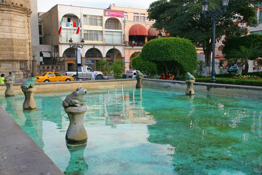 Parque la Loma's Frog Fountain.