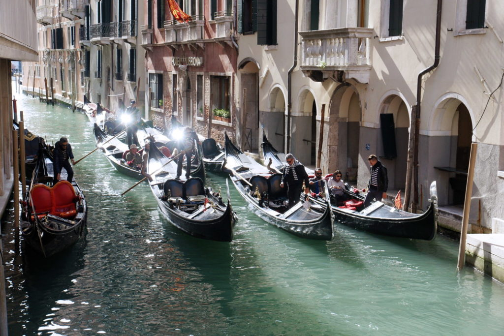 Gondolas traffic jams.