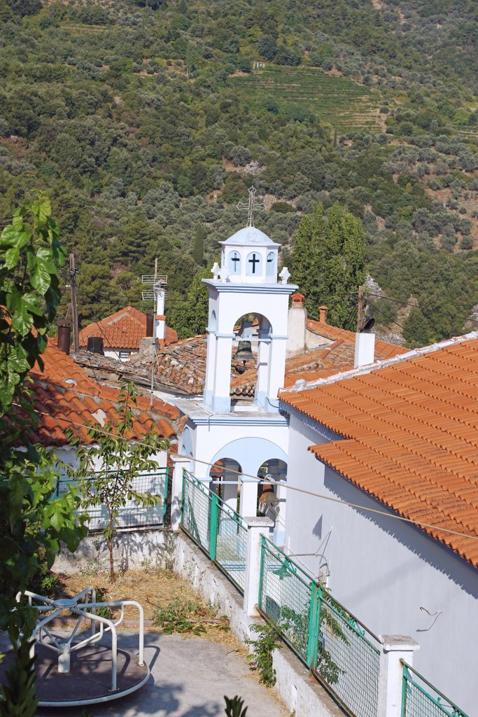 Manolates church, dedicated to Agios Georgios.
