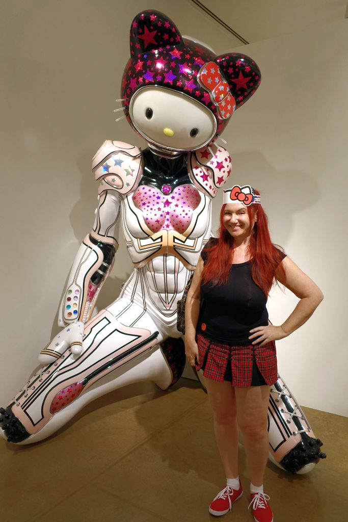 Giant Hello Kitty robots are intimidating AND cute.