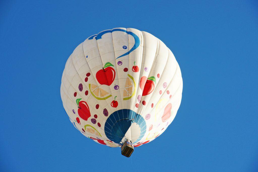 A healthy diet balloon.