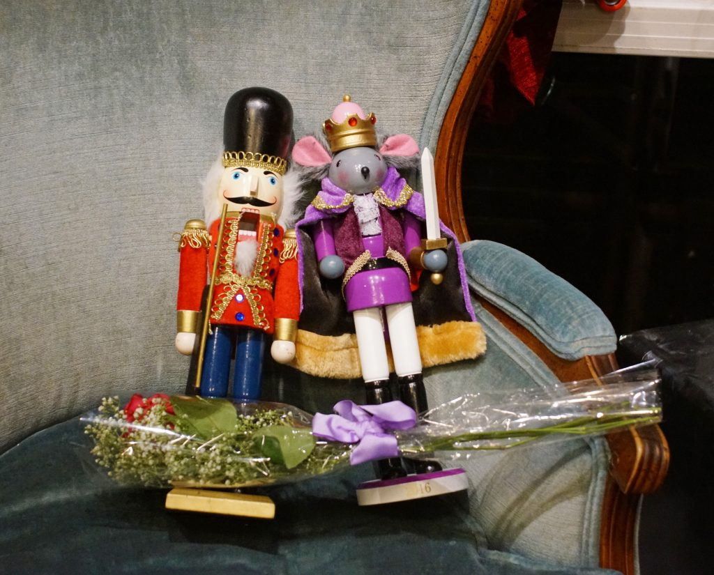The nutcracker and the mouse king, friends at last.