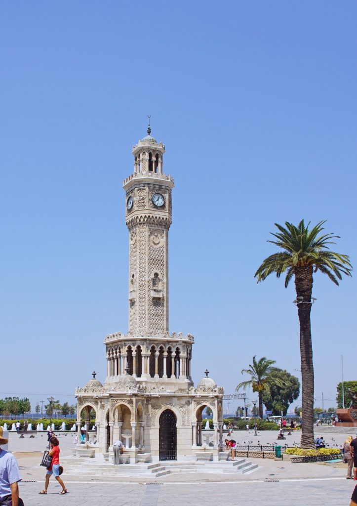 The famous İzmir Clock Tower is easy to find in Konak Square.