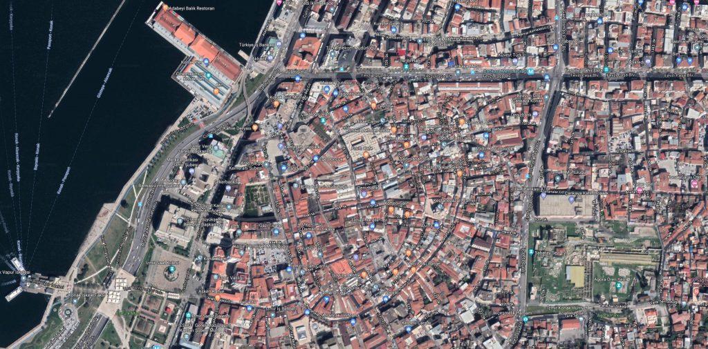 A bird's eye view of one of the bazaars in İzmir.